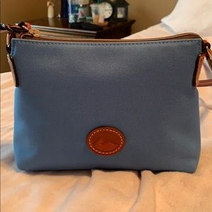 Dooney and bourke pouchette crossbody